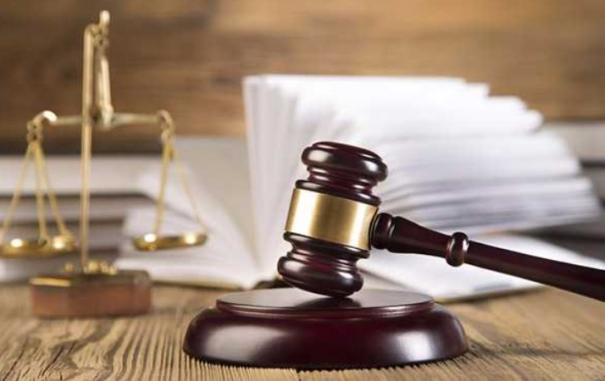 chhattisgarh-judge-steps-out-of-courtroom-to-meet-paralysed-man