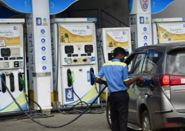 fuel-price-effects-fire-up-wholesale-inflation-again
