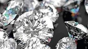 mine-workers-for-diamonds-worth-40-lakhs