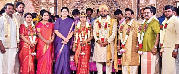 ttv-dinakaran-daughter-marriage