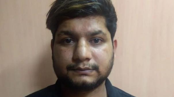 bengaluru-robber-bought-things-fow-wives-get-caught
