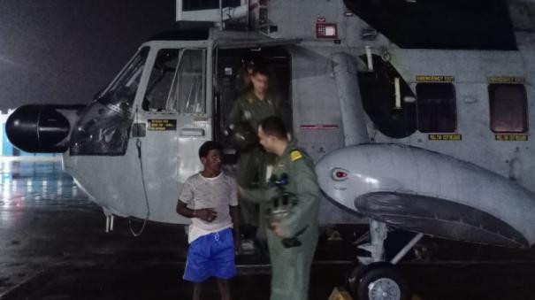 suvarnamukhi-river-flash-flood-indian-navy-helicopter-carries
