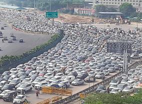 bharat-bandh-full-shutdown-in-punjab-delhi-sees-heavy-traffic-snarls