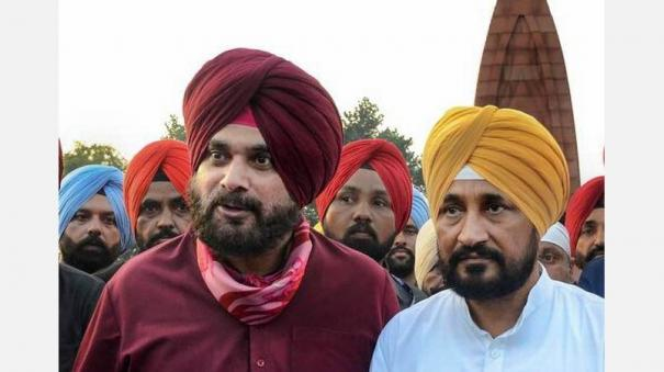 punjab-cm-charanjit-singh-channi-reaches-out-to-navjot-singh-sidhu-offfers-to-talk-it-out