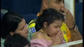 ms-dhoni-s-daughter-ziva-spotted-praying-for-csk