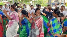 vanathi-srinivasan-condemns-congress