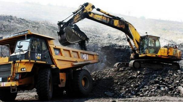 amit-shah-meets-ministers-amid-coal-shortage