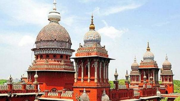 tamil-nadu-can-levy-tax-on-vehicles-with-all-india-tourist-permit