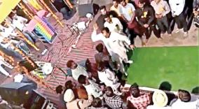 punjab-congress-mla-attacked-youth-who-asked-questions