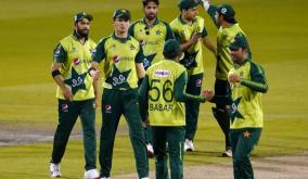 t20-wc-pak-name-12-member-squad-for-india-game-hafeez-and-malik-included