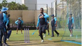 t20-wc-ind-vs-pak-hardik-skips-optional-training-bumrah-spends-quality-time-with-dhoni